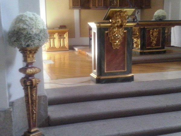 decoracion-iglesia-altar-paniculata