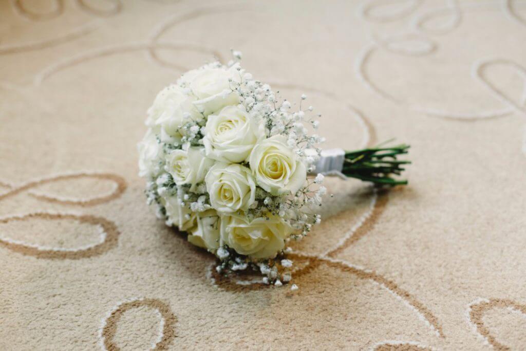 ramos de boda blancos